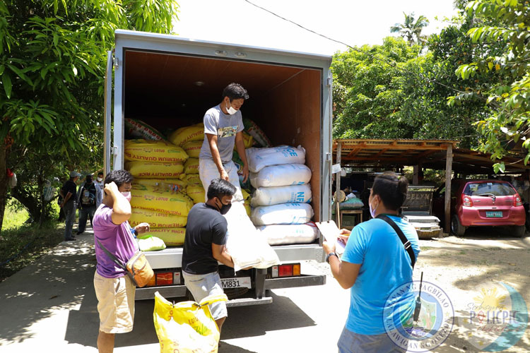 2nd Wave of Rice Distribution - Brgy. Ilayang Palsabangon