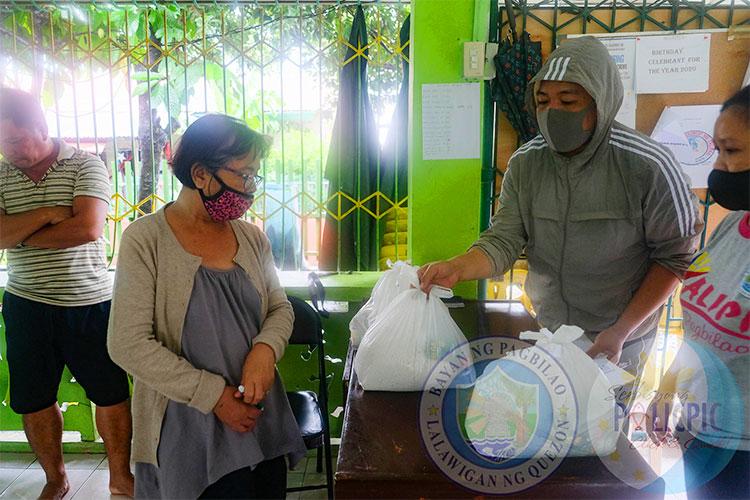 Relief Goods para sa naapektuhang Pamilya sa Brgy. Talipan