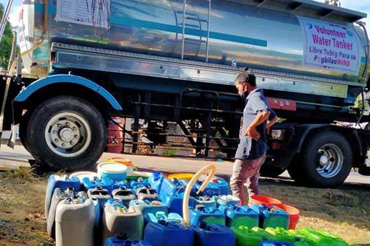 Free Drinking Water for PagbilaoWINS in Brgy. Ibabang Polo